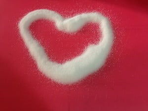 Making hearts out of sugar